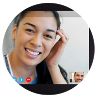 One-on-one Skype meeting between team members displayed on tablet computer